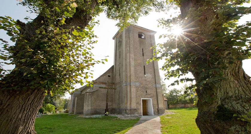 kościół gogołowice