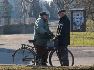 starsi-ludzie
